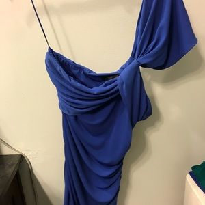The limited one shoulder top